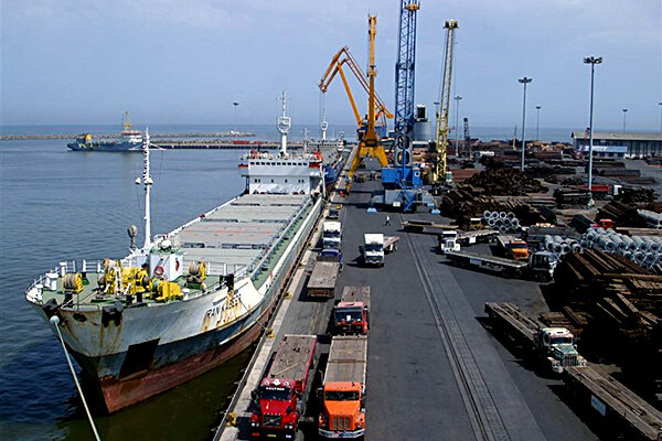 صادرات بیش از 100 میلیون دلار کالا و خدمات از منطقه آزاد قشم