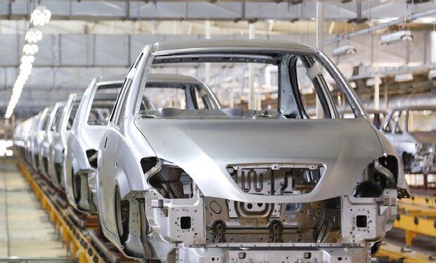 از واردات کالسکه دودی مظفری تا قطب سوم خودرو در مناطق آزاد